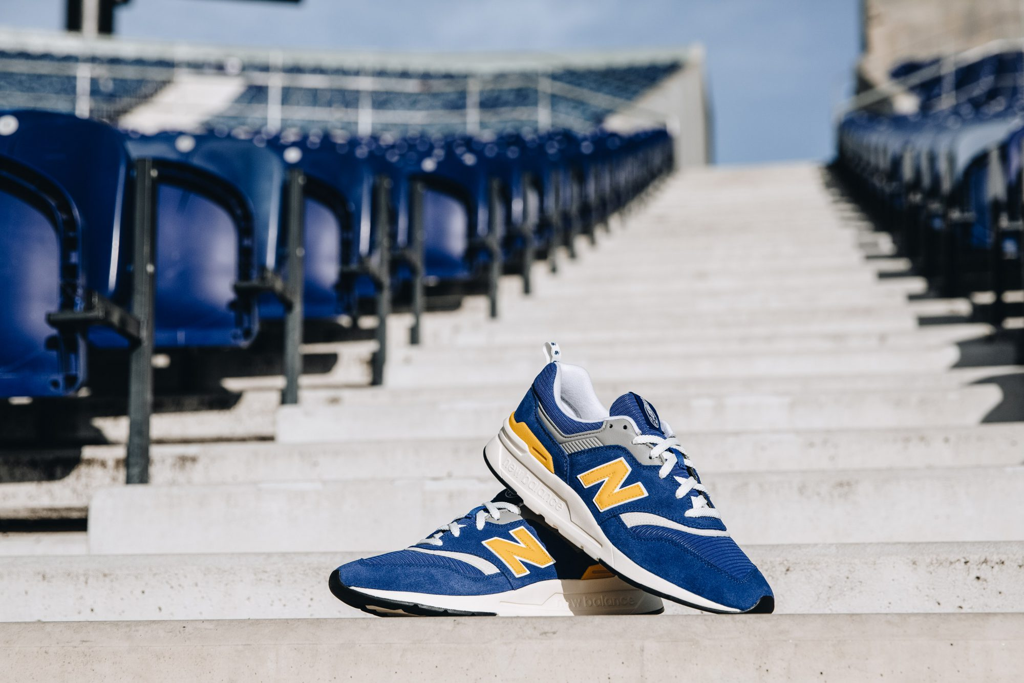 carrera estafador formar  New Balance Release The Special Edition FC Porto 997 Trainer | GAFFER
